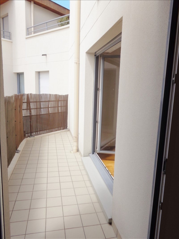 Rental apartment Rueil malmaison 1066€ CC - Picture 5