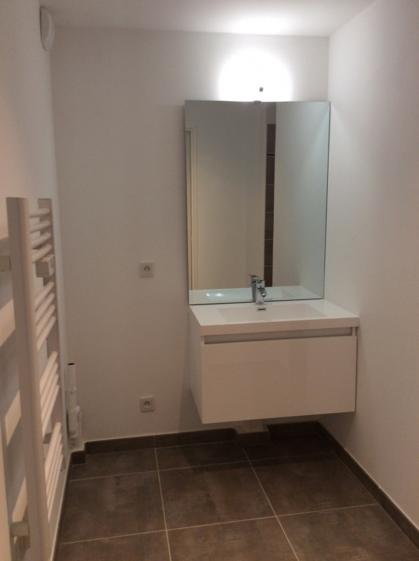 Location appartement Fréjus 770€ CC - Photo 7
