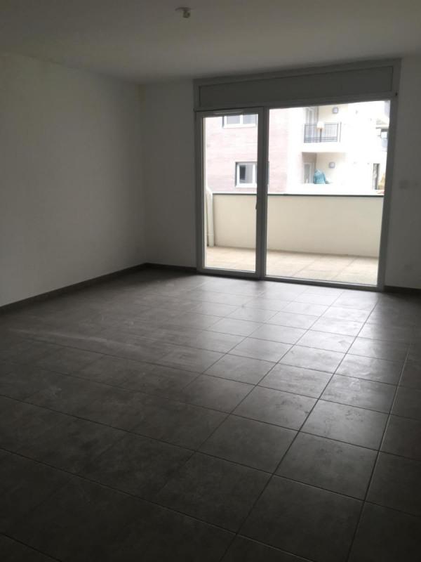 Rental apartment Oullins 715€ CC - Picture 1