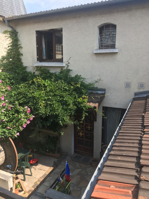 Vente maison / villa Livry-gargan 185 000€ - Photo 2