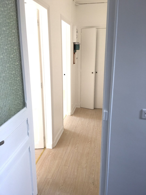 Rental apartment Montreuil 903€ CC - Picture 8