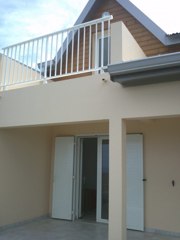 Sale house / villa Saint-leu 248000€ - Picture 1