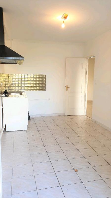Sale apartment Vaulx en velin 82000€ - Picture 4
