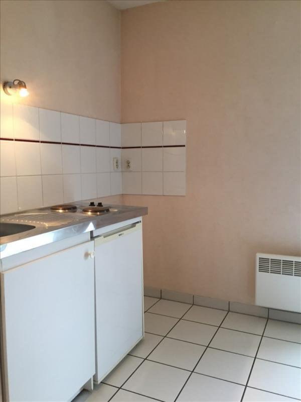 Location appartement Saint-michel 430€ CC - Photo 3