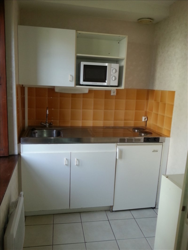 Location appartement Vendome 350€ CC - Photo 2
