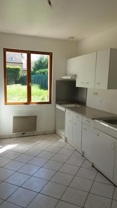 Location maison / villa Chevry en sereine 805€ CC - Photo 4