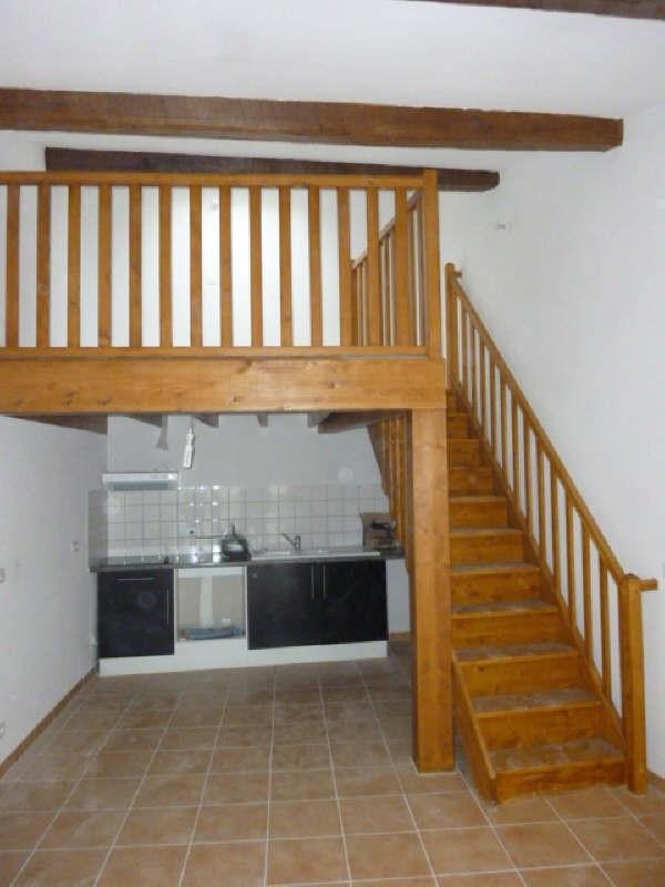 Verhuren  appartement Claira 553€ CC - Foto 1