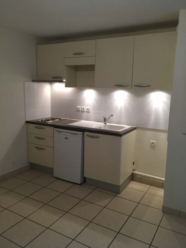 Location appartement Poitiers 408€ CC - Photo 2