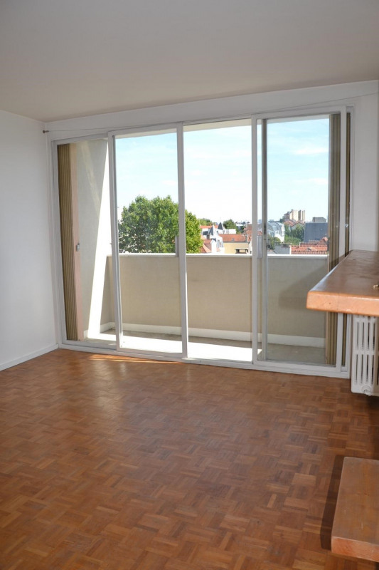 Rental apartment Asnieres sur seine 1 000€ CC - Picture 2