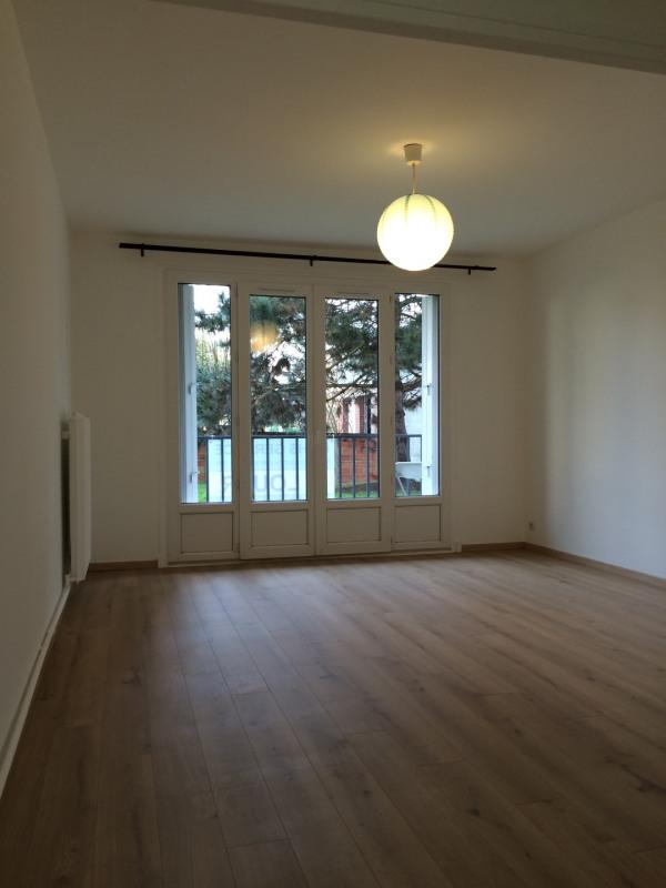 Rental apartment Ermont 626€ CC - Picture 2