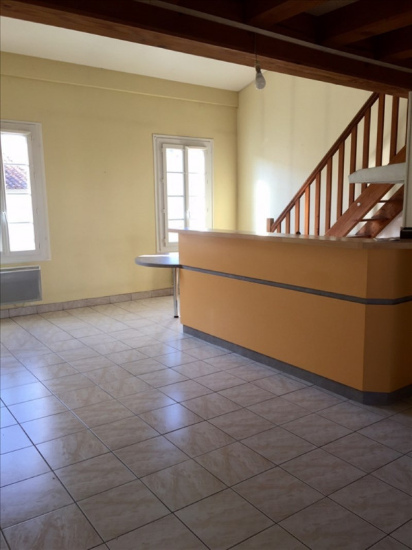 Location appartement Niort 491€ CC - Photo 2