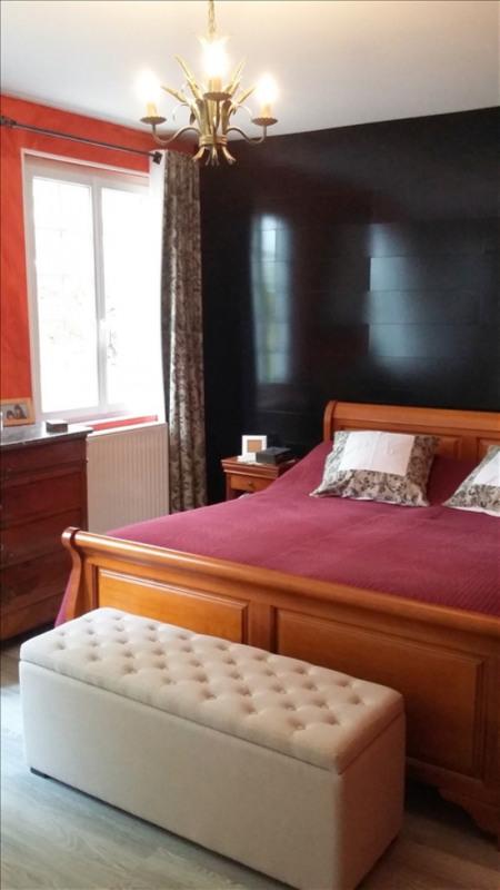 Deluxe sale house / villa Saujon 295400€ - Picture 5