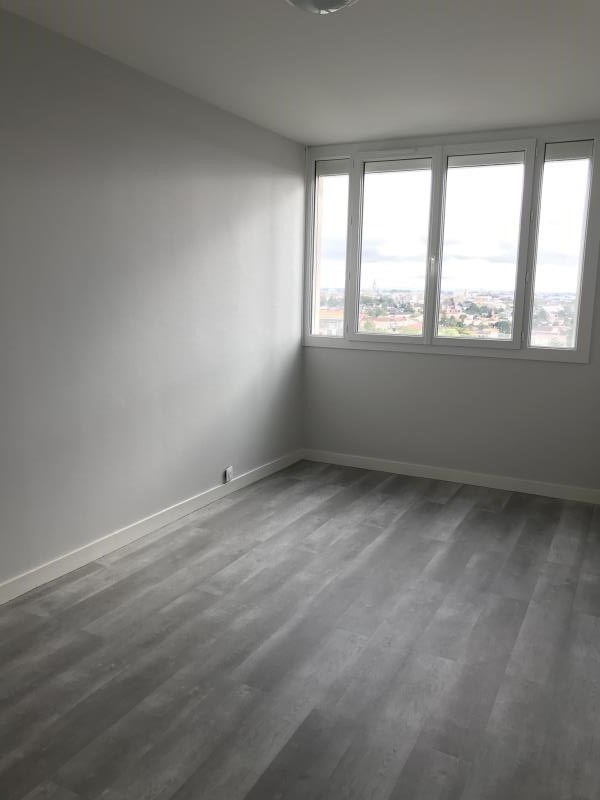 Location appartement Niort 655€ CC - Photo 5