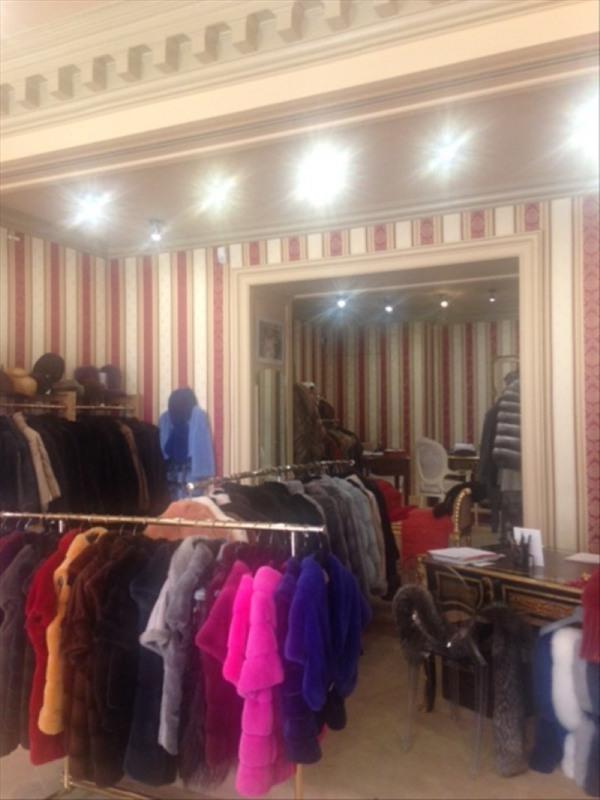Vente boutique Paris 8ème 392000€ - Photo 4