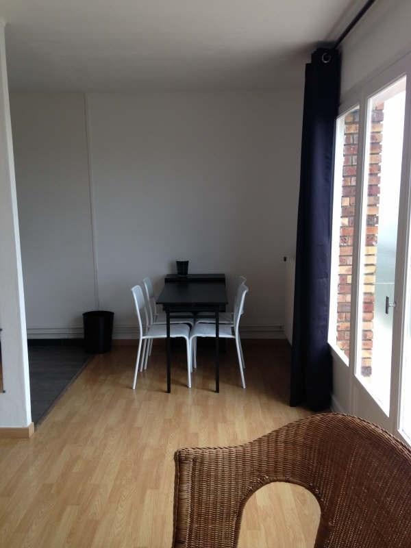 Rental apartment Maurepas 700€ CC - Picture 2