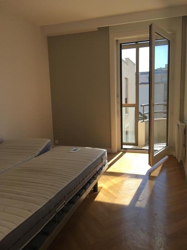 Deluxe sale apartment Lyon 6ème 592000€ - Picture 4