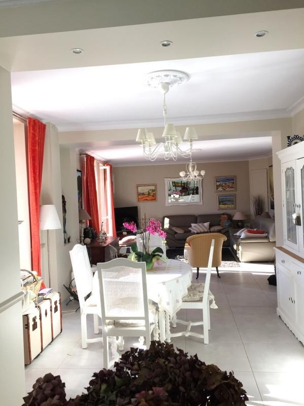 Deluxe sale house / villa Thoiry 670000€ - Picture 5