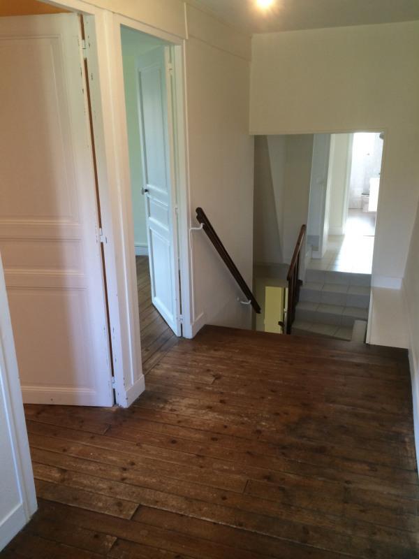 Rental house / villa Nucourt 912€ CC - Picture 6