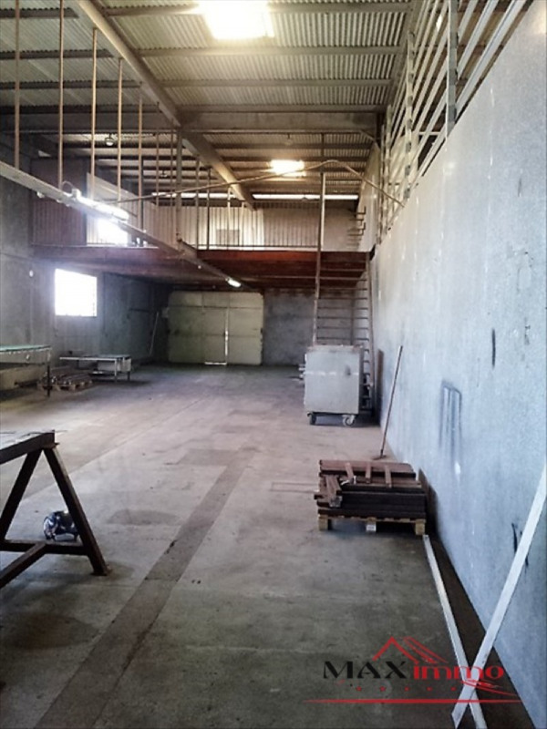 Location local commercial St pierre 2460€ HT/HC - Photo 3