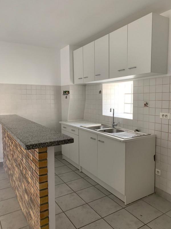 Location appartement La ville du bois 850€ CC - Photo 4