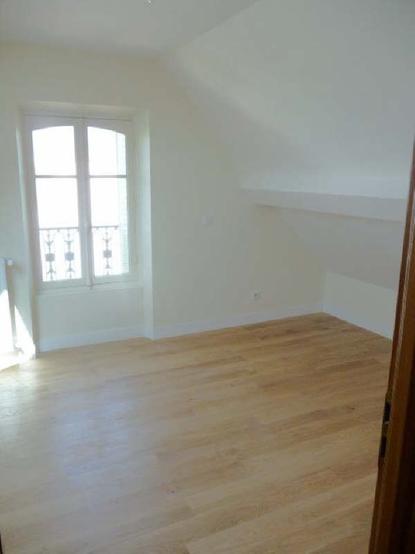Rental apartment Le chesnay 3 190€ CC - Picture 4
