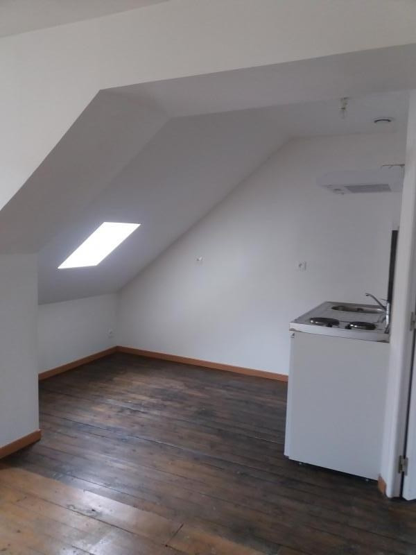 Location appartement Pont sur yonne 305€ CC - Photo 2