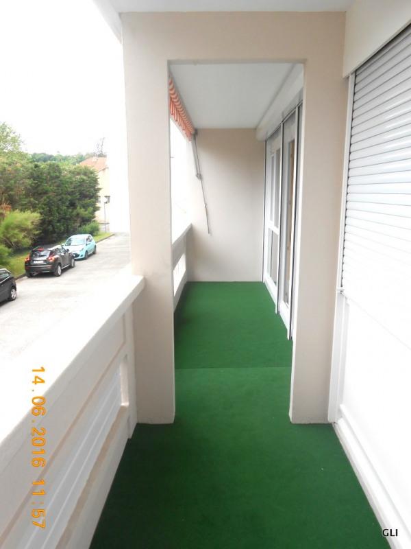 Rental apartment Caluire 715€ CC - Picture 3