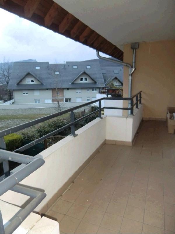 Rental apartment Gresy sur aix 855€ CC - Picture 2