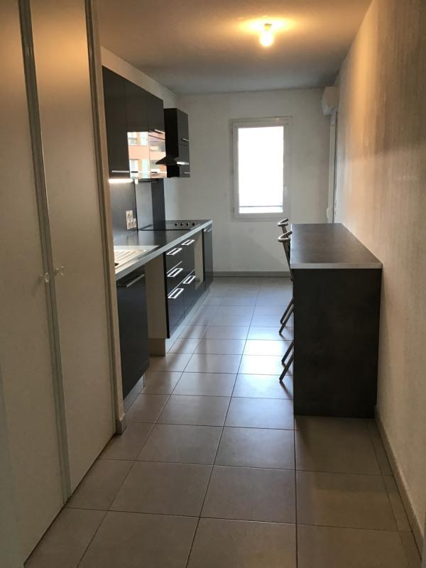 Location appartement Roquebrune-sur-argens 1030€ CC - Photo 2