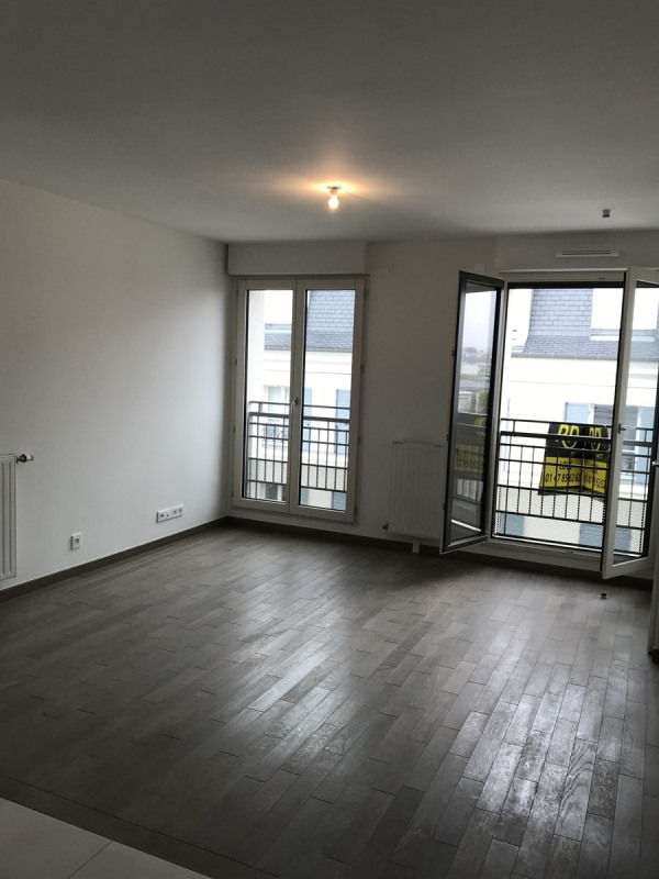 Location appartement La garenne colombes 978€ CC - Photo 1