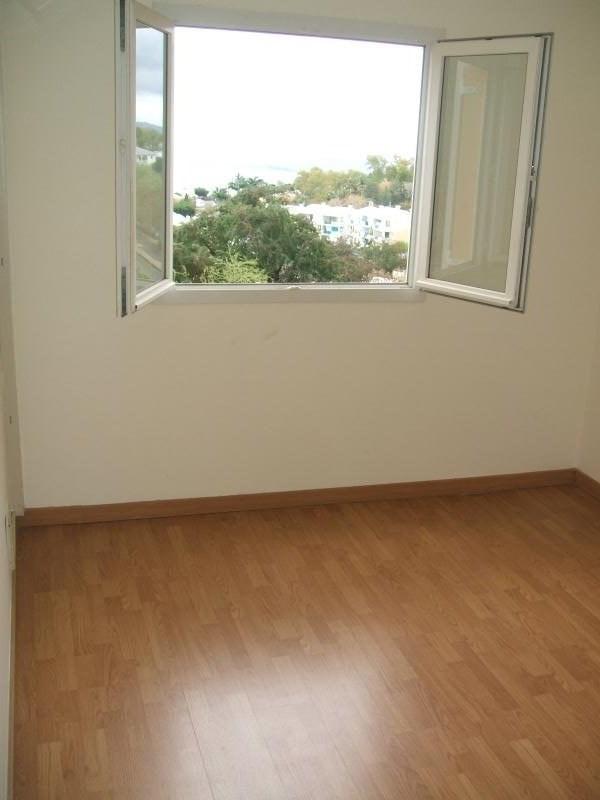 Verkoop  appartement Plateau cailloux 213000€ - Foto 6