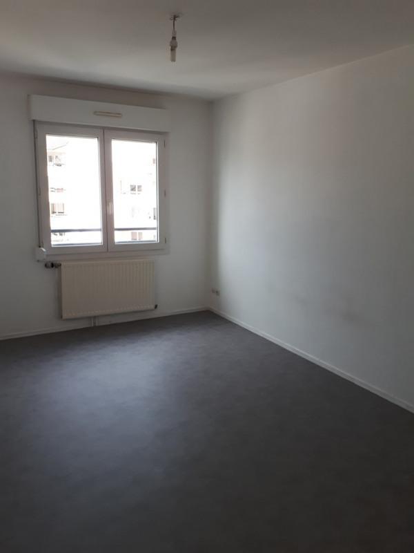 Rental apartment Cran gevrier 833€ CC - Picture 4