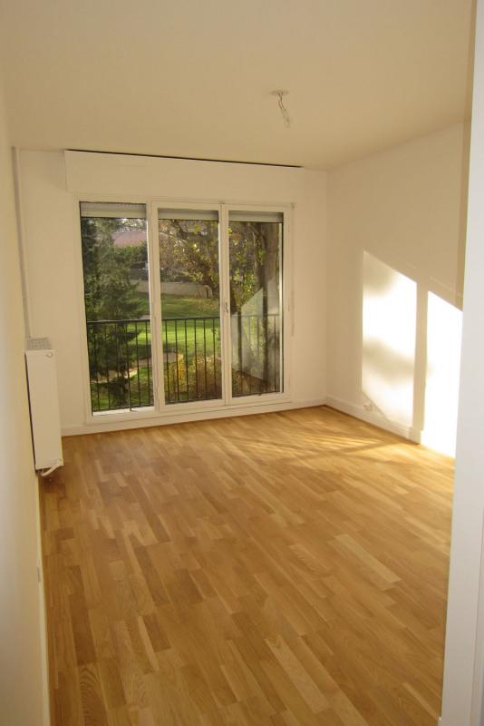 Rental apartment Rueil-malmaison 817€ CC - Picture 3