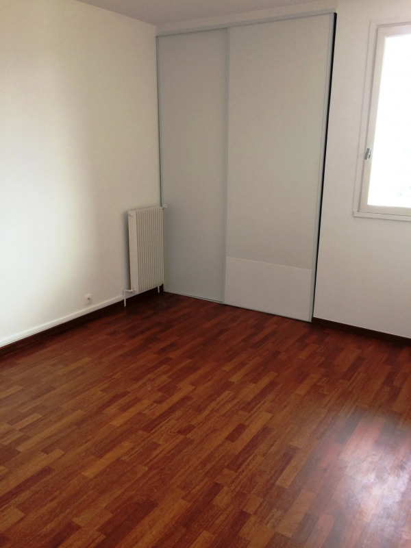 Location appartement Maurepas 772€ CC - Photo 3