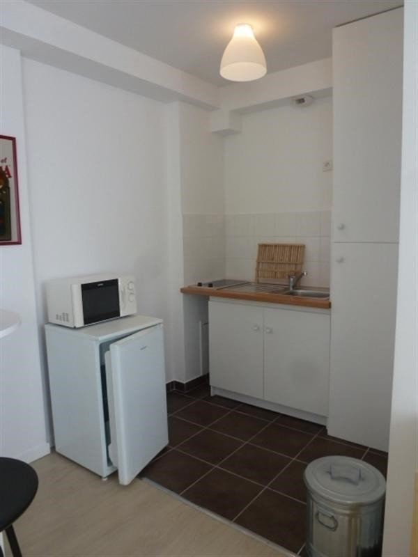 Rental apartment Fontainebleau 921€ CC - Picture 6