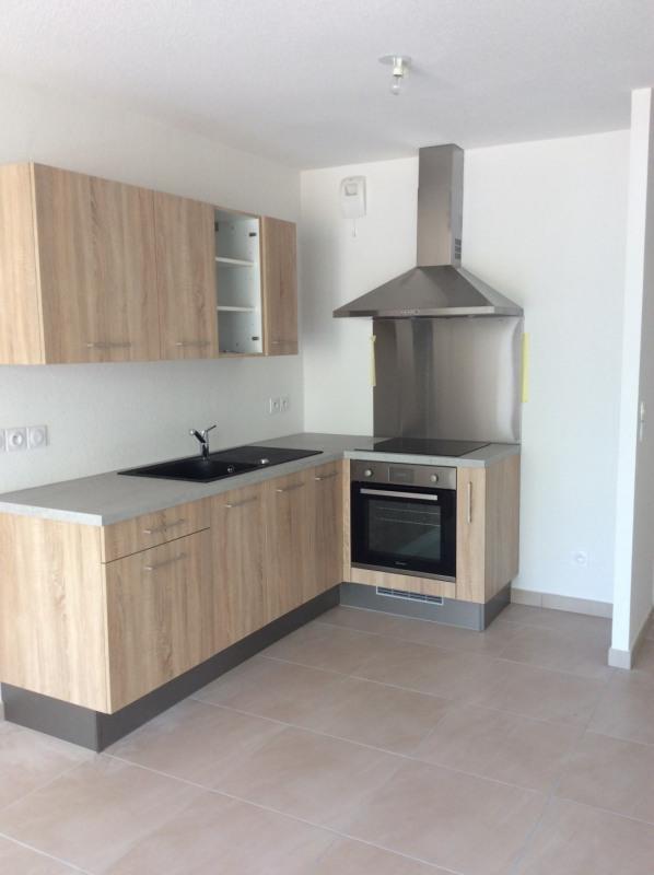 Rental apartment Fréjus 750€ CC - Picture 2