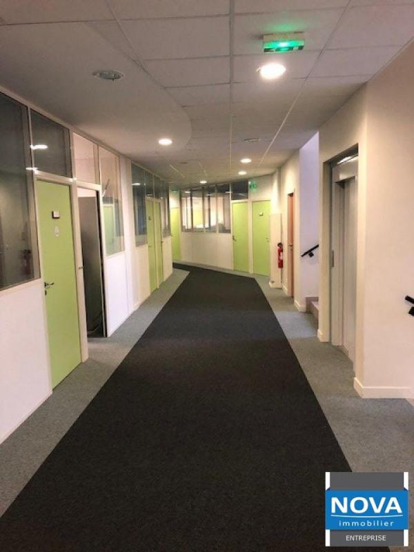 Location bureau Sevran 8000€ HT/HC - Photo 1