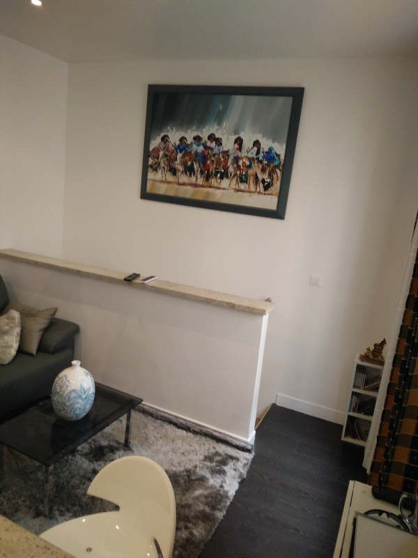 Location appartement Paris 7ème 1 500€ CC - Photo 5