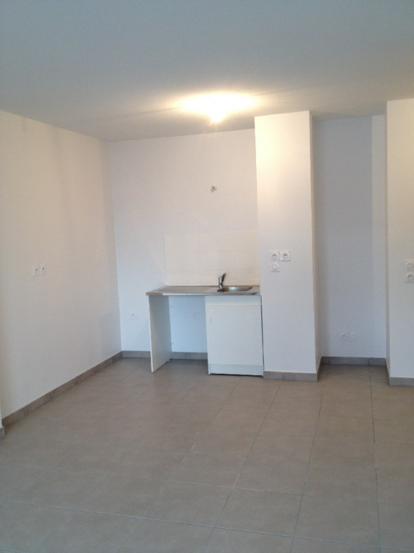 Rental apartment Pierre benite 680€ CC - Picture 6