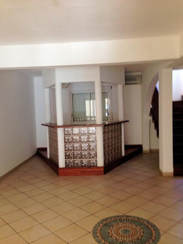 Rental house / villa Terre sainte 1600€ CC - Picture 5