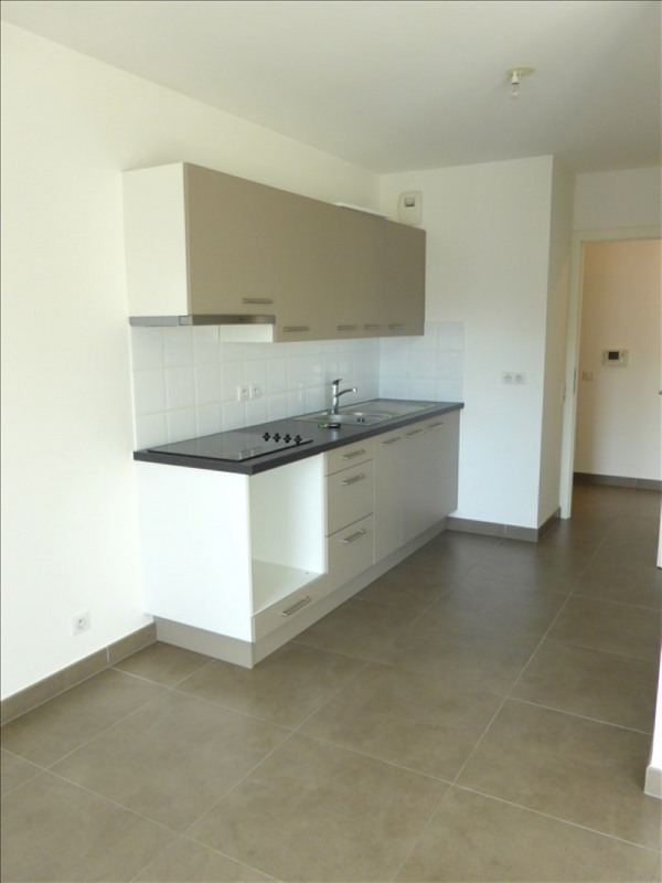 Rental apartment Ferney voltaire 1 805€ CC - Picture 2