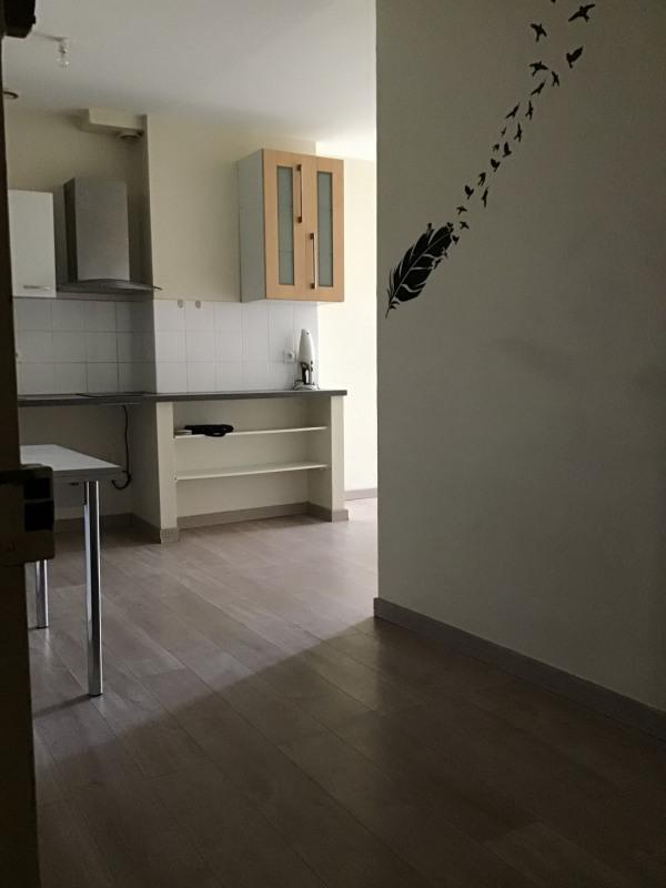 Rental apartment Fréjus 650€ CC - Picture 2