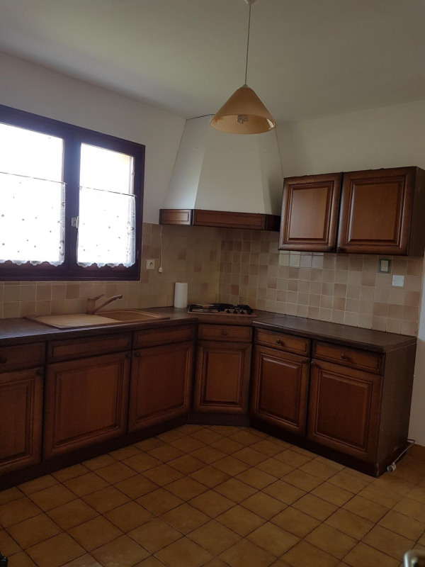 Sale house / villa Gouesnach 180 200€ - Picture 5