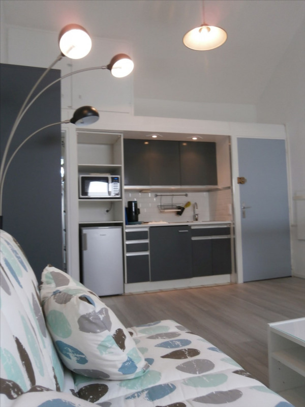 Rental apartment Fontainebleau 750€ CC - Picture 1