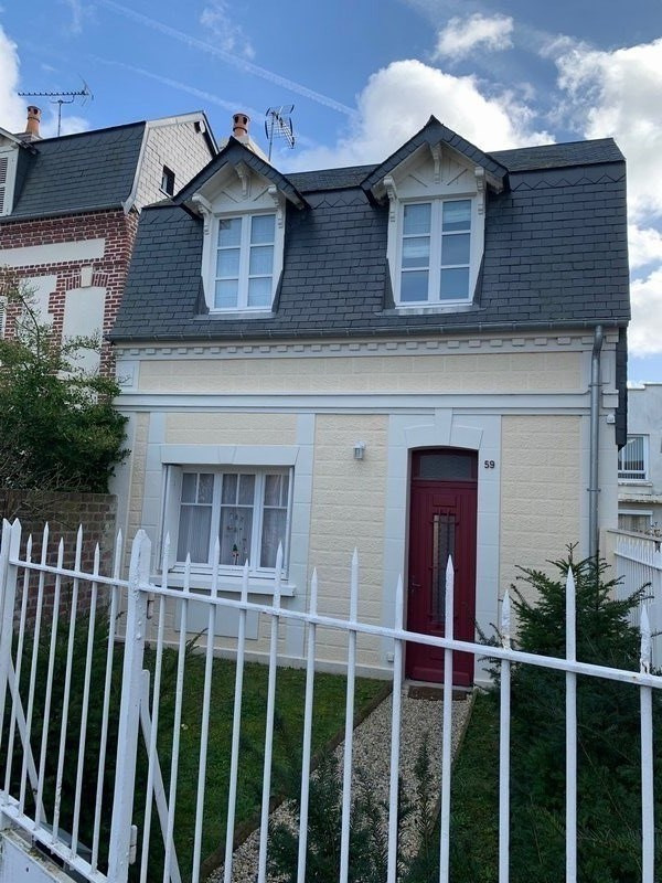 Sale house / villa Deauville 381600€ - Picture 1