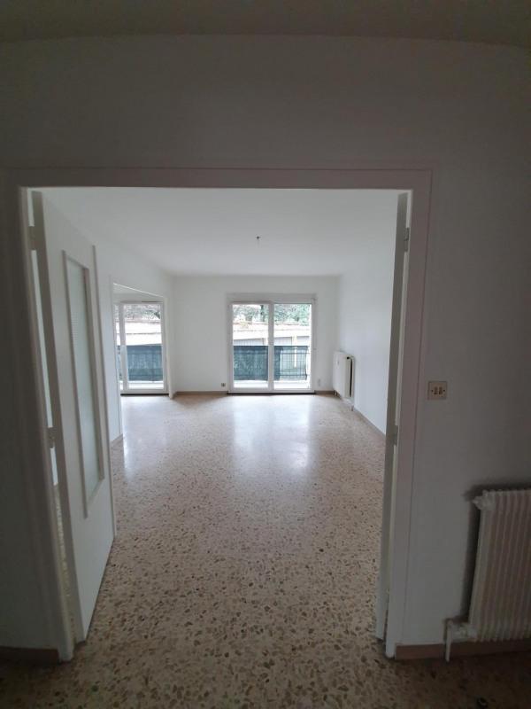 Location appartement Bron 837€ CC - Photo 5