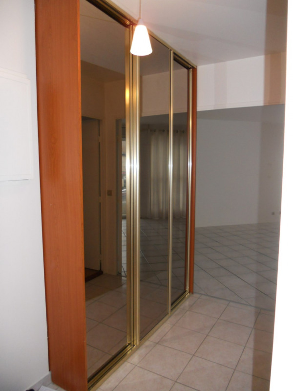 Location appartement Bry sur marne 970€ CC - Photo 2