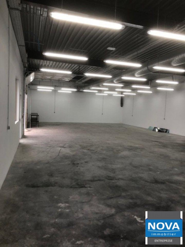 Location local commercial Gonesse 5 750€ HT/HC - Photo 2