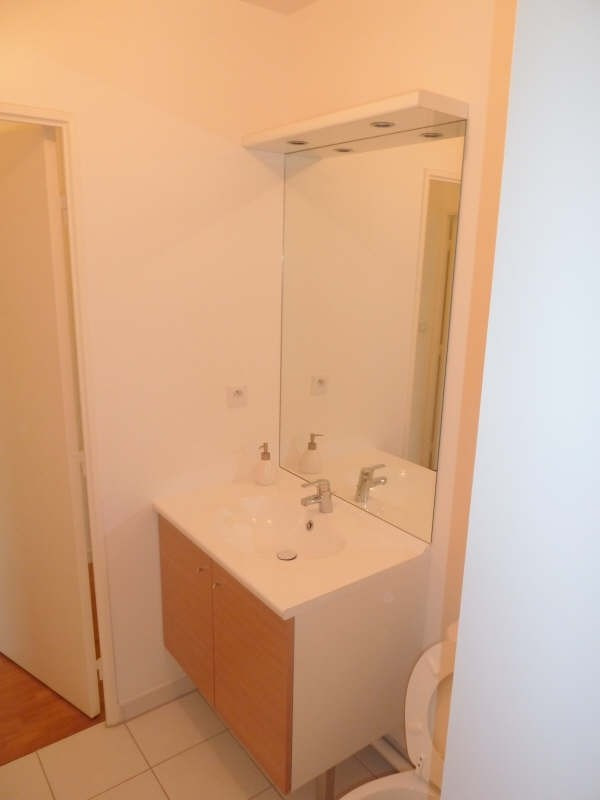 Rental apartment Carrieres sous poissy 550€ CC - Picture 5
