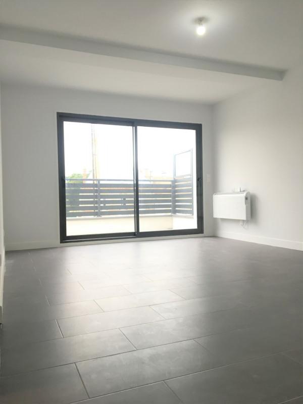 Rental apartment Pierrelaye 630€ CC - Picture 5
